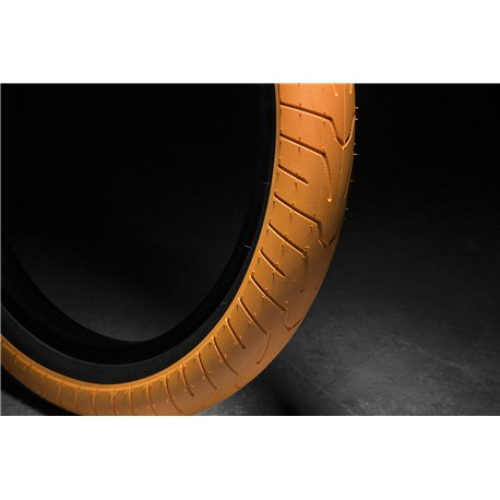 KINK Sever 2.4 orange with black wall Tire